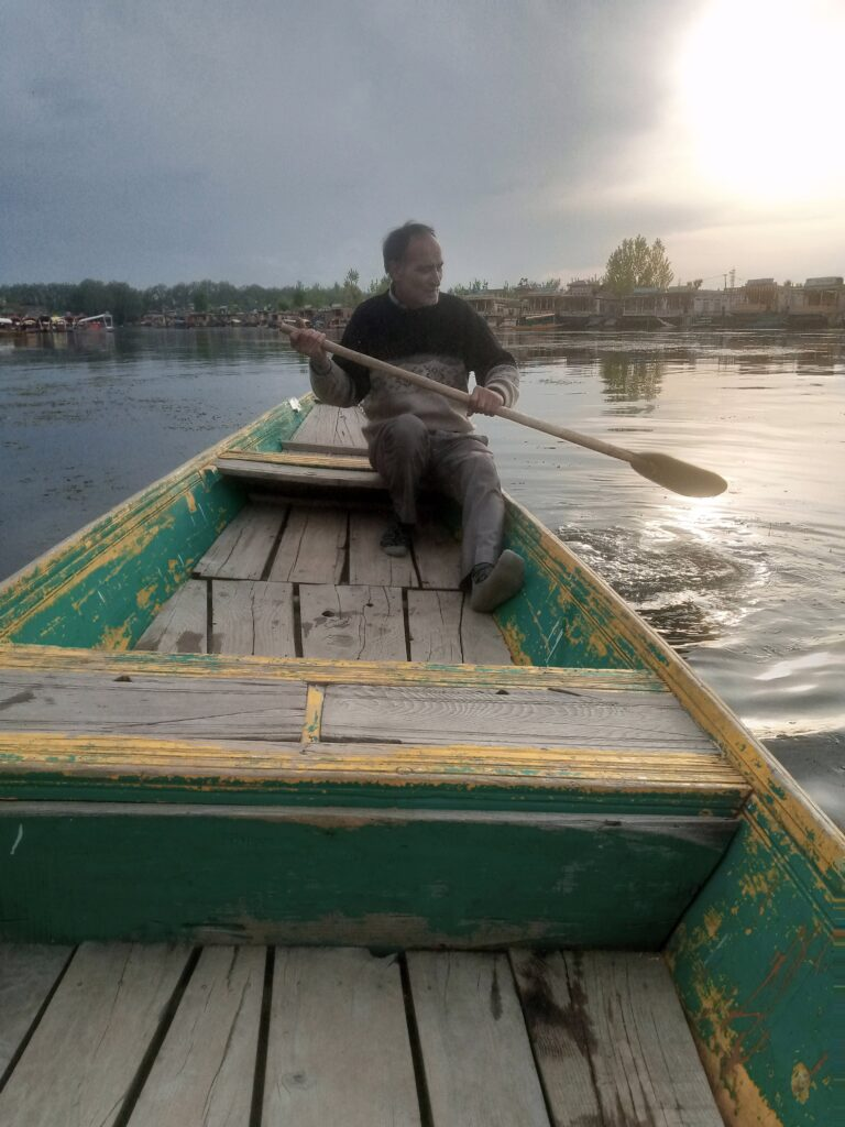 kashmir houseboat