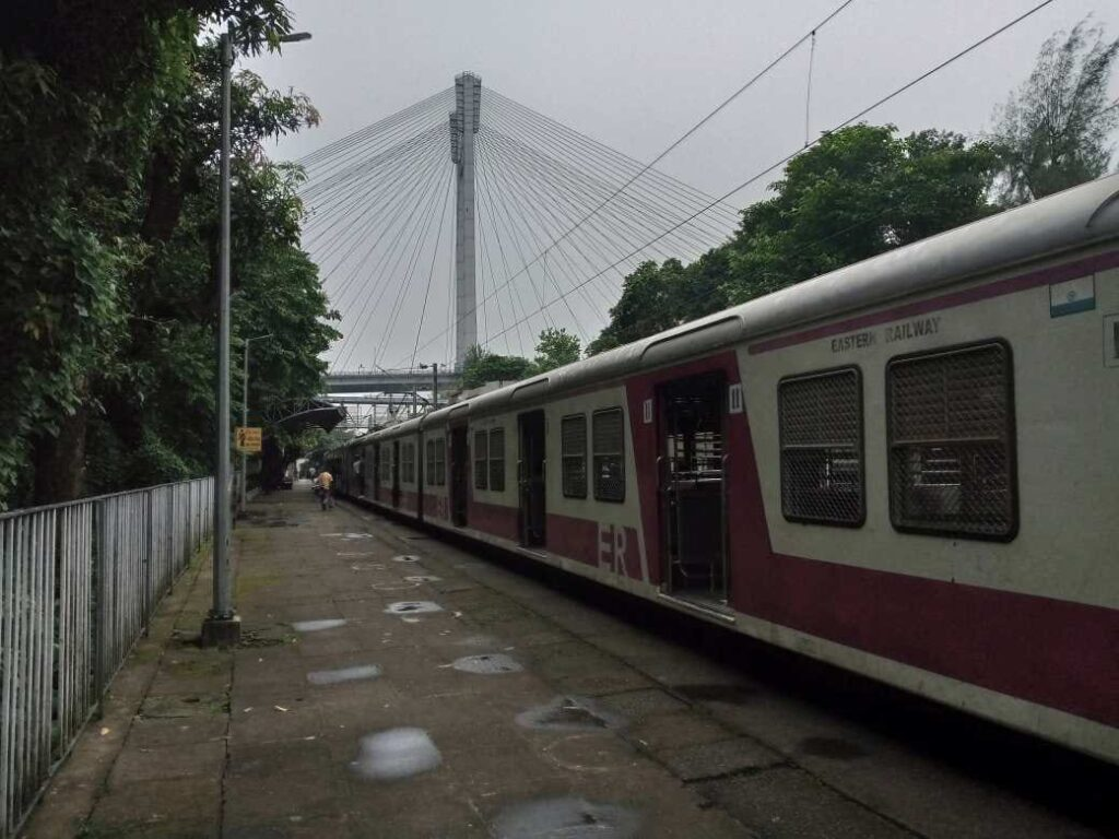 kolklata local railway