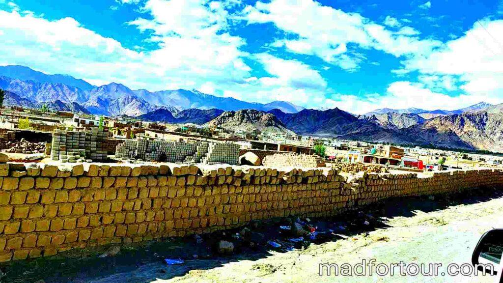 srinagar to leh city
